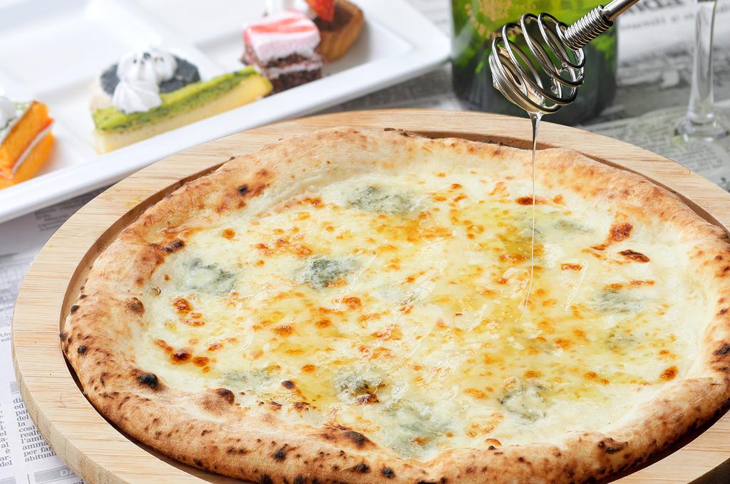 ゴルゴンゾーラと蜂蜜のピッツァ