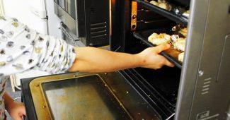 【質問】冷凍したピザをグリルで焼くと焦げやすい?? 1