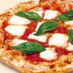 宅配ピザの大人気メニュー!トマトソース入りの絶品はこれだ! 2