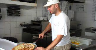 【ピザ職人は休日に何を食べている?】気になるコックさんの裏事情 7