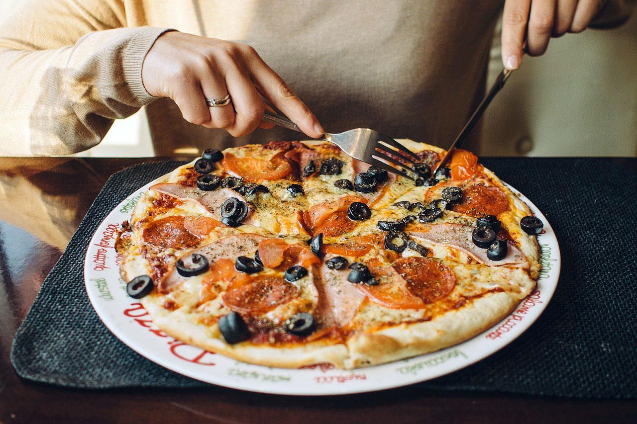 ナポリと日本、本場の食べ方 1