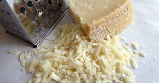 ピザにチーズをたっぷり混入、魅惑のチーズおろし器5選 8