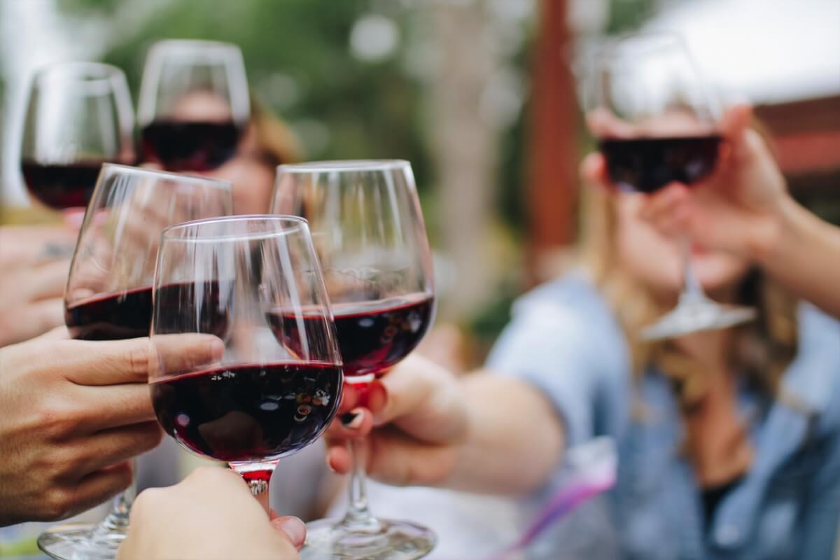 ワインで飲みニケーション