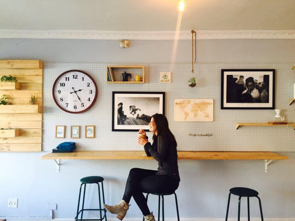【おうちカフェを楽しもう!】国産バジルとエビのジェノベーゼピザ 1
